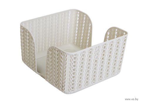 """Подставка для салфеток пластмассовая """"Вязание"""" (85х140х140 мм; белая) — фото, картинка"""