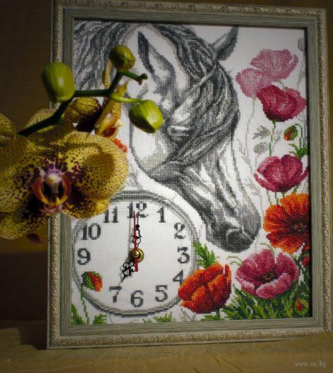 """Вышивка крестом """"Часы. Лошадь в маках"""" (235х300 мм) — фото, картинка"""