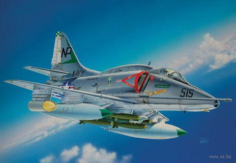 """Штурмовик """"A-4 E/F/G Skyhawk"""" (масштаб: 1/48) — фото, картинка"""
