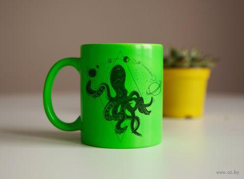 """Кружка """"Космический осьминог"""" (салатовая) — фото, картинка"""