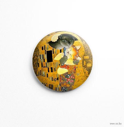 """Значок маленький """"Густав Климт. Объятия"""" (арт. 226) — фото, картинка"""