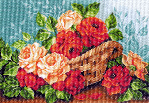 """Канва с нанесенным рисунком """"Розы в корзине"""""""