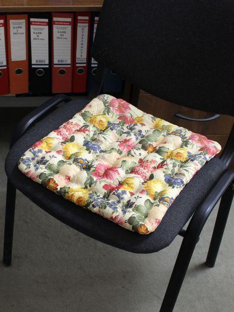 """Подушка на стул """"Concept Ecology. Цветы на бежевом"""" (40х40 см) — фото, картинка"""