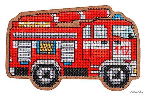 """Вышивка крестом """"Магнит. Пожарная машина"""" (83х54 мм) — фото, картинка"""