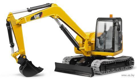 """Модель машины """"Экскаватор гусеничный CAT с отвалом"""" (масштаб: 1/16) — фото, картинка"""
