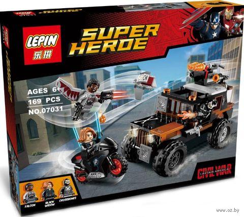 """Конструктор Super Heroe """"Опасное ограбление Кроссбоунса"""" — фото, картинка"""