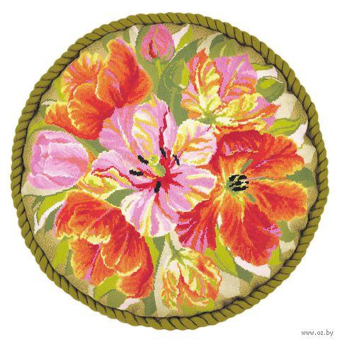 "Вышивка крестом ""Подушка. Тюльпаны"" (450х450 мм) — фото, картинка"