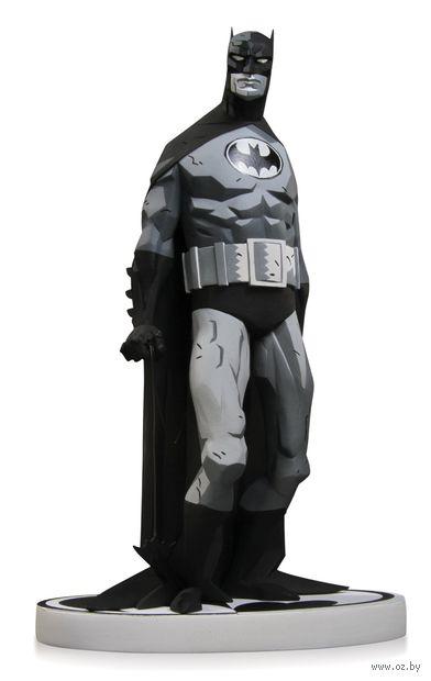 "Фигурка ""Бэтмен. Черное и Белое"" by Mike Mignola (17 см) — фото, картинка"