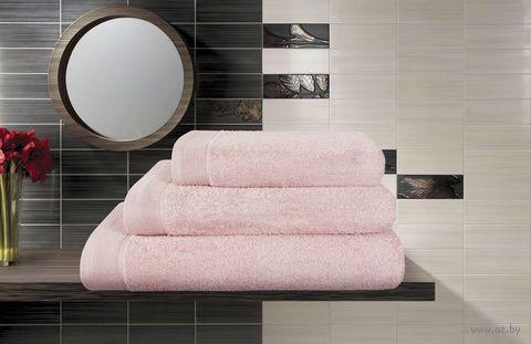 Полотенце махровое (100x150 см; лаванда) — фото, картинка
