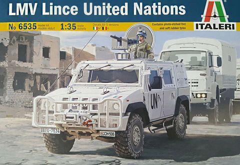 """Сборная модель """"Автомобиль LMV Lince United Nations"""" (масштаб: 1/35) — фото, картинка"""