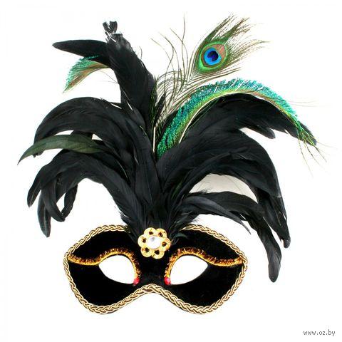 Маска черная с перьями, узорной тесьмой, самоцветом, пайетками — фото, картинка